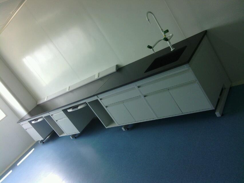 实验室钢木边台